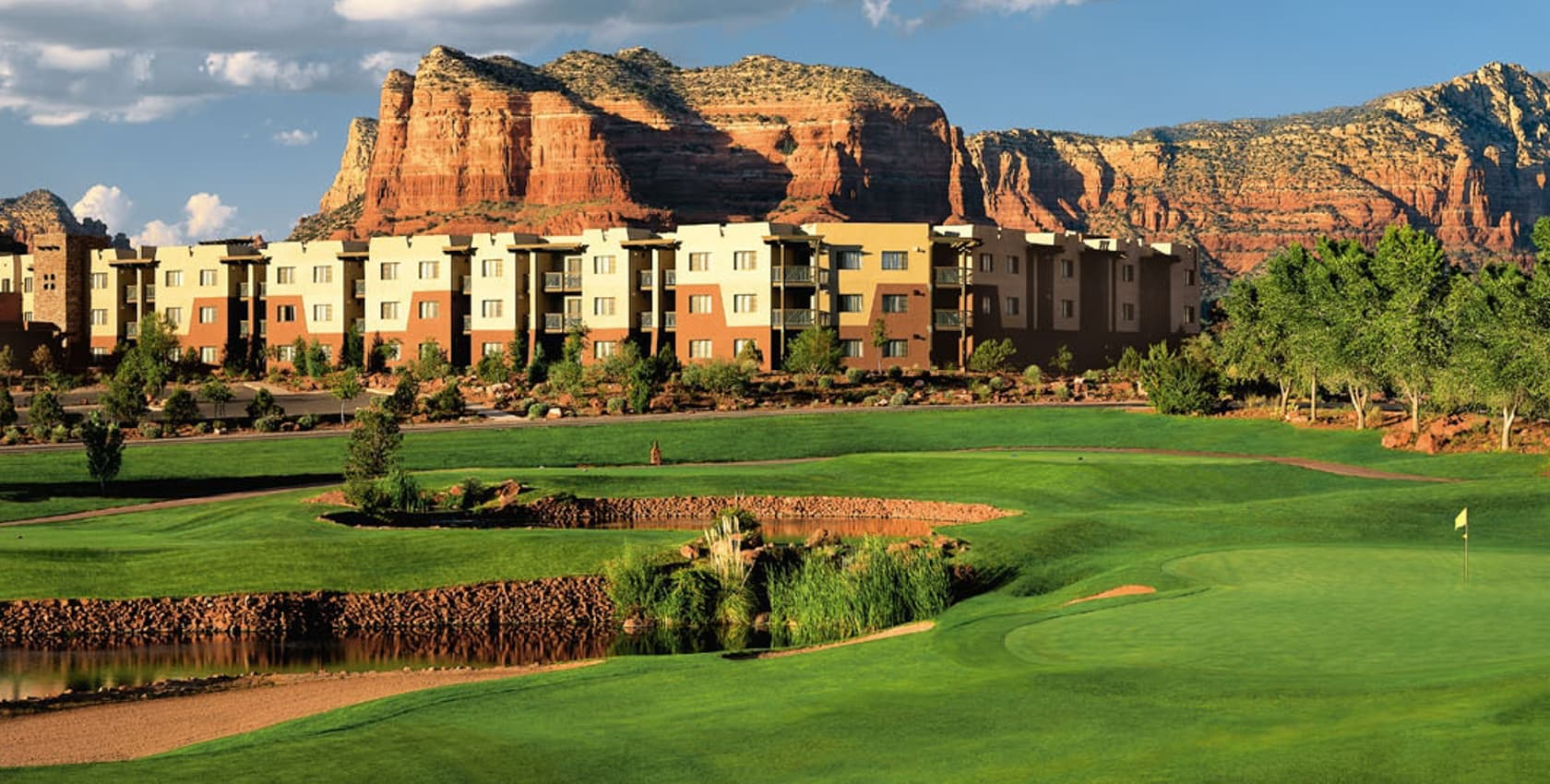 Our resort gallery hilton sedona resort at bell rock for Sedona cabins and lodges